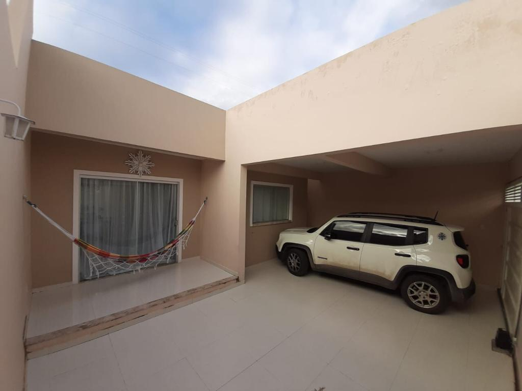 VD 398 – Casa com 2/4 sendo 1 suíte